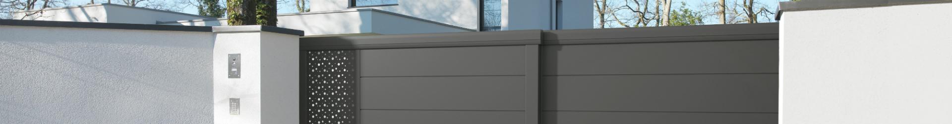 portail coulissant t lescopique guichen th z fermeture. Black Bedroom Furniture Sets. Home Design Ideas